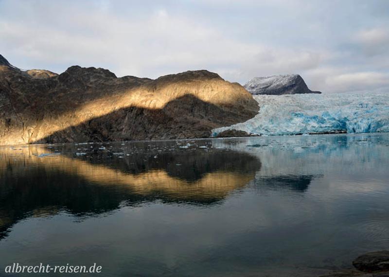 Abendstimmung am Ilordlersuaq Gletscher