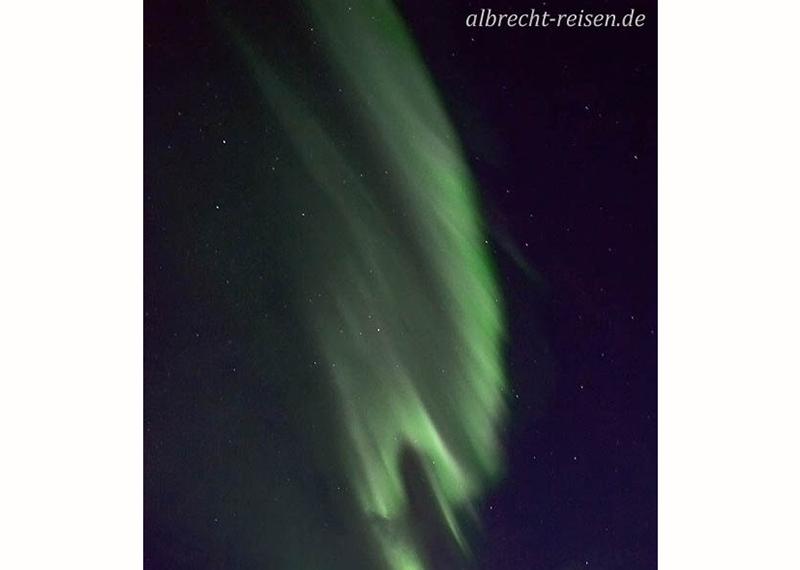 Nordlichter über dem Meer
